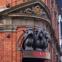 3 monkeys pub