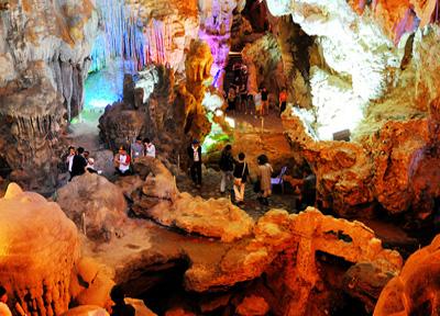 Halong-Bay-Cave-1