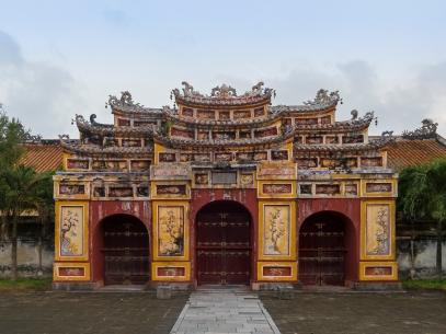 Hue_Vietnam_Citadel-of-Huế-04